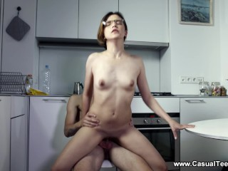 Casual Teen Sex - Alex Swon - Teeny facial in a kitchen