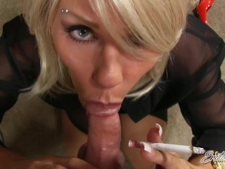 Cheating On Your Girlfriend With A MILF - Smoking BlowJob