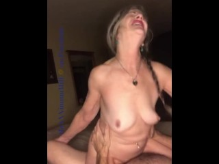 Sexy Mature MILF Hot BJ & Rides Cowgirl On Waterbed