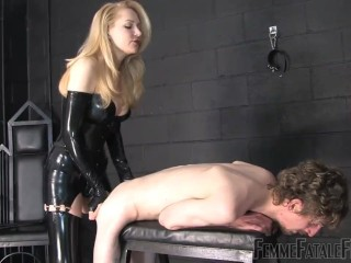 Mistress strapon sexy clothes latex pissing