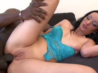 BLACK ON WHITE - DIRTY MILF TAKES HUGE BLACK COCK ALL ANAL FUCKING
