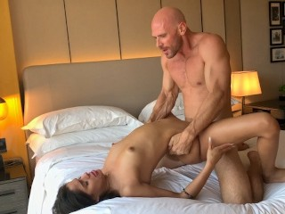 Johnny Sins - Fuck Latina Teen from Tinder in Hotel Room!