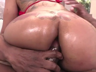 BIG ASS PAWG 1ST TIME GETTING FUCKED IN THE ASS BY A BIG BLACK COCK