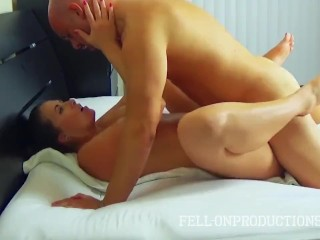 Madisin Lee - Passionate Love Affair In Massage HD