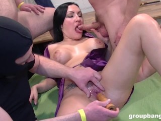 Elina The GangBang Princess! Everyone Cums!
