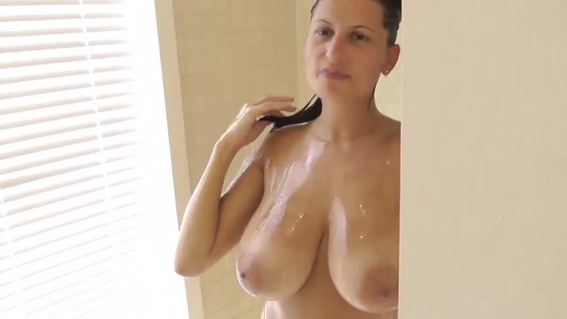 24yr old 36ff girlfriend sucking dick in the shower - 9 part 1