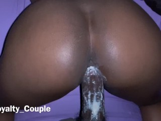 BIG ASS EBONY TEEN RIDE ME AND GETS POUNDED