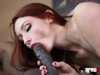 Pale goddess Violet Monroe in interracial hairy pussy plow