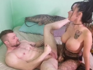 Model Uses Agents Asshole as Her Plaything (Strapon, Pegging)