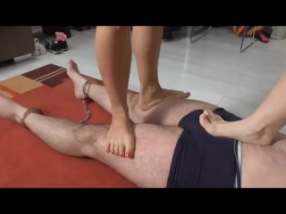 Sadistic Glamour Girls Trample Slaves