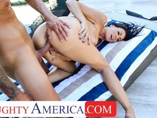 Naughty America - Sharon Fuller (Reagan Foxx) fucks by the pool