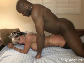 Married wife FUCKS BLACK GUYS